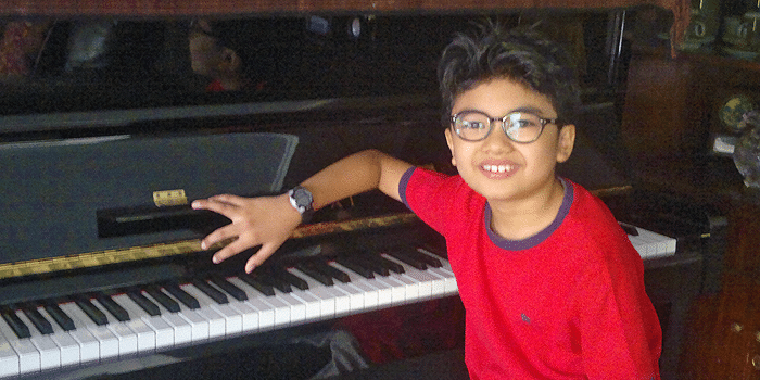 11 Year Old Piano Player Will Blow Your Socks Off